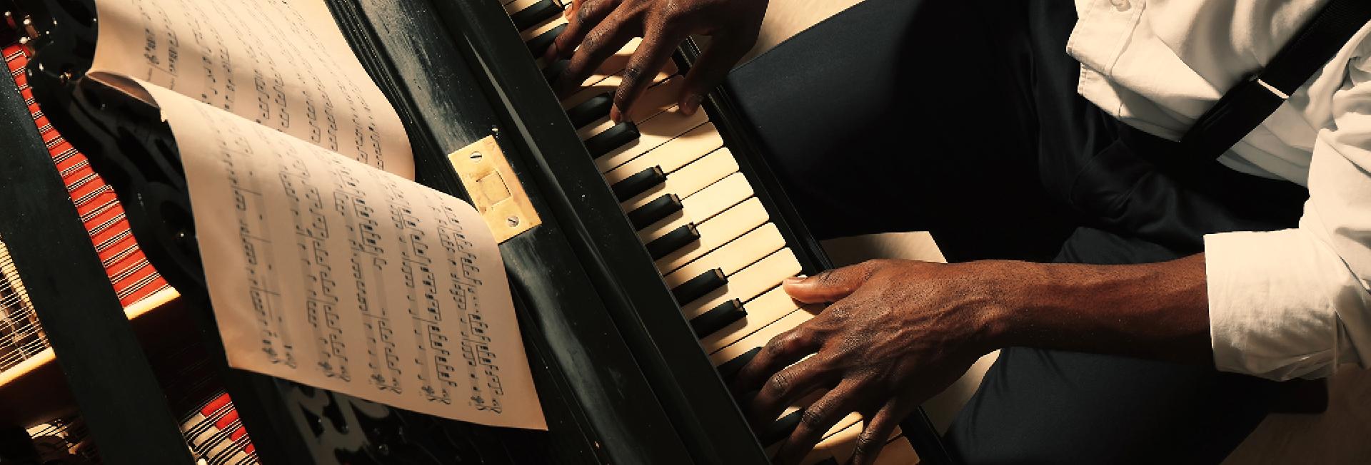 Jazzklavier im Kaufhaus Tyrol